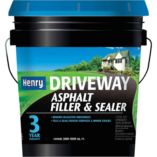 Henry 4.75 Gal. Blacktop Driveway Filler and Sealer, 3 Year