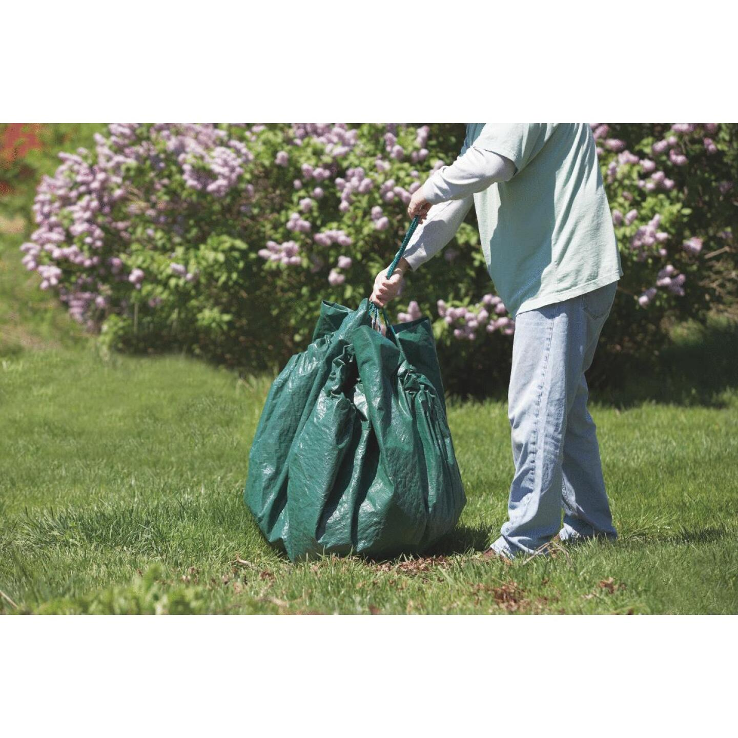 Do it 6 Ft. x 6 Ft. Poly Fabric Green Lawn Cleanup Tarp Image 2